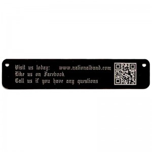 qr code on long black tag