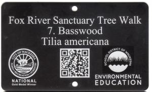 black tree tag